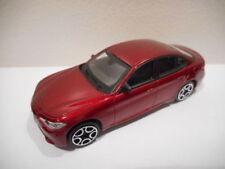 Véhicules miniatures rouges Alfa Romeo sans offre groupée personnalisée