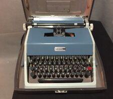 Vintage Olivetti Underwood 21 Portable Manual Typewriter w/ Case Blue/Green Colo