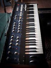 Korg Polysix Vintage Synthesizer mit Case