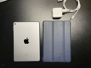 APPLE IPAD MINI 4 128GB (A1538) WI-FI.