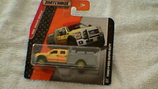 Matchbox (royaume-uni carte) - 2014 - #82 ford F-550 super duty-jaune & argent-gris