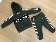 GENUINE BOY'S ADIDAS TRACKSUIT. AGE 12 - 18 MONTHS. VERY GOOD CONDITION.