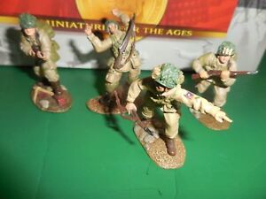 conte toy soldiers US Airborne Charging  ww2-016