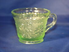 Chantilly Green Sandwich Punch Cup