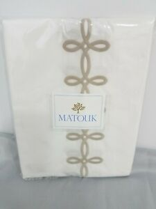 MATOUK GORDIAN KNOT KING PILLOWCASES WHITE TRUFFLE COTTON PERCALE EMBROIDERY NEW