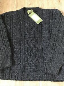 Traditional Aran 100% Wool Charcoal Chunky Cable Knit Crew Neck Jumper Size M