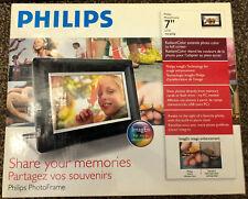"Philips Digital Photo Frame 7"" LCD 7FF3FPB - Black"
