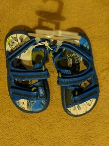 Old Navy 6-12 Months Slip On Sandals Navy Blue Easy Fasten Backs Baby NWT!