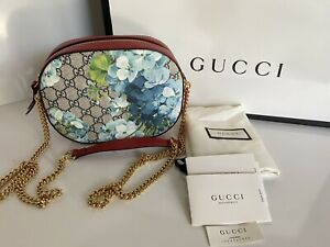 NWT Gucci GG Supreme Blossom Red/Blue Leather Chain Shoulder Bag Italy 546313
