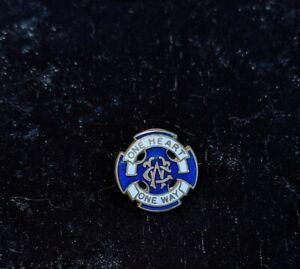 Vintage One Heart One Way Wesley Guild enamel pin badge Methodist Guild church