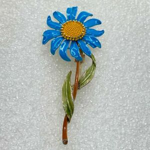 Vintage BLUE FLOWER BROOCH Pin Enamel Gold Tone Costume Jewelry
