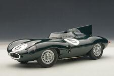 1:18 AUTOART JAGUAR D-TYPE LM 24HR RACE 1955 WINNER HAWTHORN/BUEB #6+1/18Vitrine