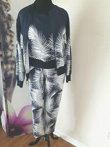 St John 3 Piece Silk Blend Shell/Jacket/Pant Suit Set Tropical Print NWT JT01
