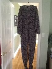 MENS SIZE XL ONE PIECE FOOTED PAJAMAS FLEECE  ZIP UP CAMO PATTERN GRAY