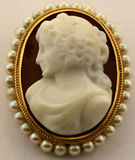 LADIES 14K YELLOW GOLD VICTORIAN HARD STONE PEARL CAMEO PENDANT PIN