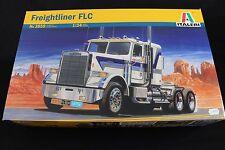 ZB013 ITALERI 1/24 maquette camion 3859 Freightliner FLC americain US truck 32,5