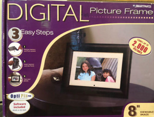 "Smartparts 8"" Digital Picture Frame Remote 2000 Pics w/OptiPix Software"