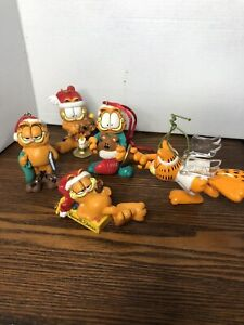 Lot of 5 Garfield the Cat Christmas ornaments Paws  Enesco