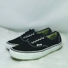 VANS Unisex Authentic Lo Pro Sneakers Skate Shoes Black True White M 7  W 8.5