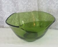"""Vintage Mod Green Glass Bowl Pinched Rim 5 1/4"""" tall 9 1/4"""" Widest Point EUC"""