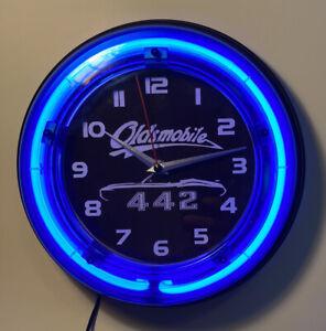 Oldsmobile 442 neon clock