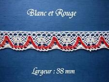 Dentelle ancienne,  AU METRE,  larg 38 mm, blanc et rouge, coton,   n° 181