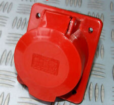 32 AMP 415V ANGLED PANEL MOUNT 5 PIN SOCKET RED 3 PHASE HT-325 32A star 3ph 450v