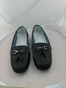 ladies WIDE FIT SIZE 6 EEE  JD  LOATHER STYLE WITH TASSLES-SHOES-FREE SHIPPING