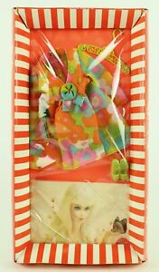 Barbie's FLOWER WOWER Fashion - cool outfit #1453 - Mint  and NRFB!