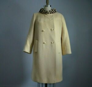 VINTAGE 60's CREAM WOOL COAT with GENUINE SPOTTED FUR COLLAR