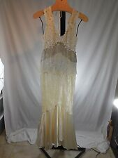 WOMANS VINTAGE LACE BEADED FRINGE GOWN WEDDING DRESS CACHET BARI PROTAS 7 / 8