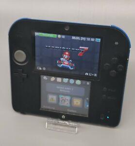 Nintendo 2DS Handheld Konsole + Mario Kart 7 Modul (Nintendo 3DS) + Ladekabel