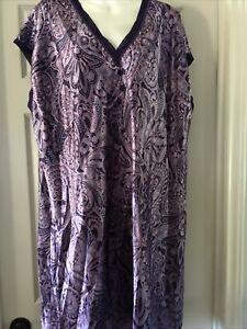 Liz Claiborne Purple Paisley 2X Nightgown /1X  Peignoir Set NWOT