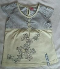 GIRLS YELLOW FLORAL T SHIRT TOP AGE 5 YEARS ABSOLUTELY IMMACULATE CONDITION