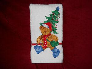 Christmas Hand Towel Bathroom or Kitchen A Bear & His Tree Handmade NEW
