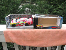 Hot Wheels Mattel Racing Deluxe Die Cast 1:24 Scale #5 Kelloggs Terry Labonte