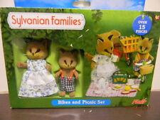 SYLVANIAN FAMILIES - BIKES AND PICNIC SET