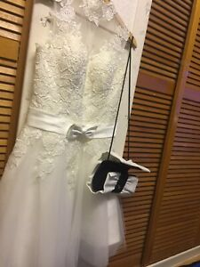 "WOMAN SPECIAL OCCASIONAL SHORT LENGTH WEDDING DRESS -JACKET &BAG"" -SIZE UK10-12"""