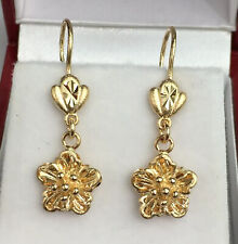 18k Solid Yellow Gold Flower Dangle Leverback Earrings, Diamond Cut 3.11 Grams