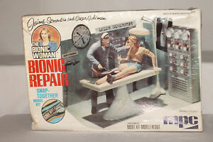 Bionic Woman Vintage 1976 Bionic Repair Station MPC Model Oscar Goldman