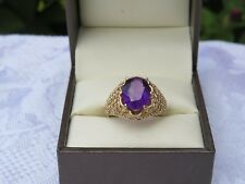 VINTAGE 9 CARAT GOLD LARGE AMETHYST DOME  RING  EXCELLENT USED CONDITION