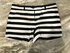 Gap Women's Stretch Black And White Striped Shorts Size 00