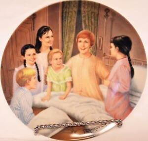 """SOUND OF MUSIC PLATE KNOWLES 1986 """"My Favorite Things"""" PORCELAIN w/BOX & COA"""