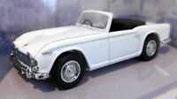Dinky 1/43 Scale diecast - DY-20 Triumph TR4A Iris white