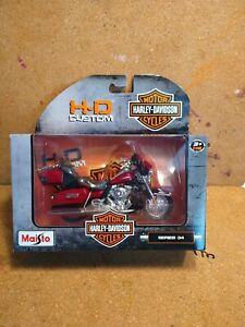 HARLEY DAVIDSON 2013 FLHTK ELECTRA GLIDE ULTRA LIMITED SERIES 34 1:18 MOTORCYCLE
