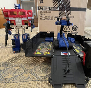 Transformers G2 Optimus Prime With Trailer & Working Soundbox! 100% complete