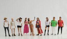 Figur Partygoers Party Style Set 9 Stück Frau Mann 1:18 American Diorama Figuren