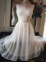 Chiffon Night Gown Vintage 60s Lingerie Negligee Flouncy Dress sz 36 Vanity Fair