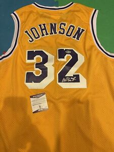 Autographed Magic Johnson Signed Los Angeles Lakers Jersey Beckett COA