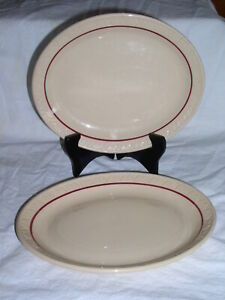 Set of 2 Shenango Incaware Restaurant Grade Tan and Red Oval Dinner Plates